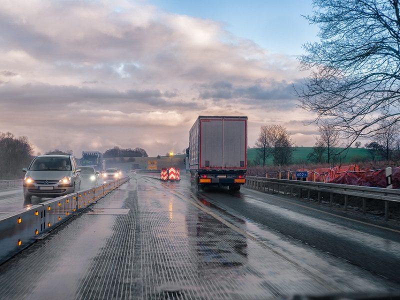 Transport vs. służby utrzymania dróg